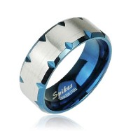 316L Stainless Steel Ring with Blue IP Faceted Edge Accent