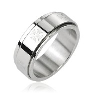 316L Stainless Steel Iron Cross Center Spinner Ring