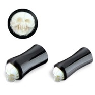 Double Flare Horn Plug with Bone Skull