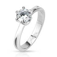 Dazzling Engagement Ring with CZ